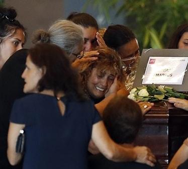 Brokollapsen i Italia: Sinte pårørende boikotter begravelse