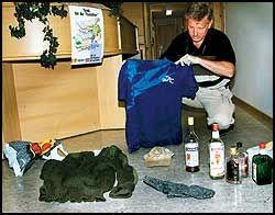 Politiet jobber dag og natt for å få tak i Larsen. I øyeblikket tror de han opererer i området Øyer/Ringebu.