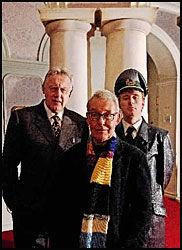 SPEER: Eyvind Solås møtte Albert Speer i 1980. Her Nationaltheatrets Speer'er, Sverre Anker Ousdal (den eldre) og Thorbjørn Harr (den yngre). Foto: Magnar Kirknes