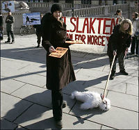 Protesterer mot selfangst