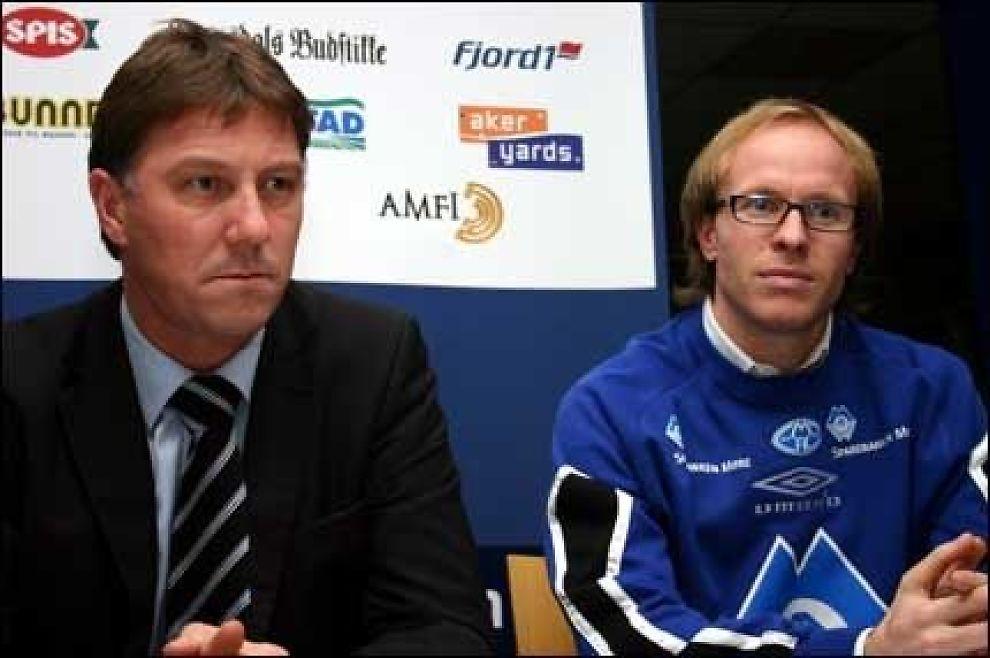 ANSATT: Kjell Jonevret er ny trener i Molde. Her fra pressekonferansen med Tarje Nordstrand Jacobsen. Foto: Scanpix