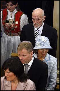 BARNEDÅP: Sven O. Høiby var til stede i dåpen til Prins Sverre Magnus mars 2006. Foto: Scanpix