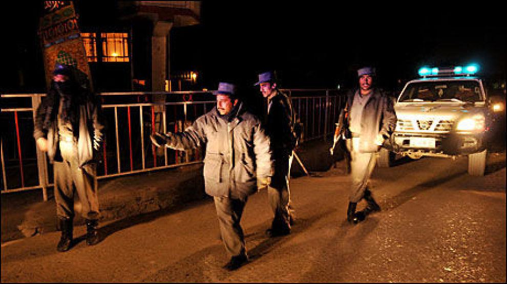 DREPT OG SKADET: To nordmenn ble direkte rammet av terrorangrepet mot Serena hotel i Kabul. Dagbladet-journalisten Carsten Thomassen ble drept og en UD-ansatt ble hardt skadet. Foto: AFP