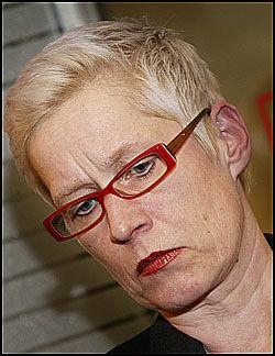 I SORG: Dagbladets redaksjon er sterkt preget av drapet på journalist Carsten Thomassen. Sjefsredaktør Anne Aasheim forteller om sjokk og sorg blant medarbeiderne. Foto: