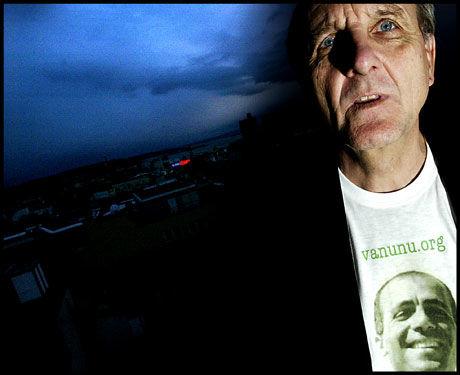 KRITISK: Fredrik Heffermehl mener fredsprisen ikke ble delt ut i Nobels ånd. Foto: VG