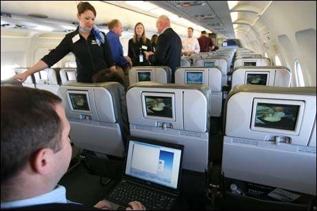 forbruker reise reiseliv flyvertinner raser mot flyporno a