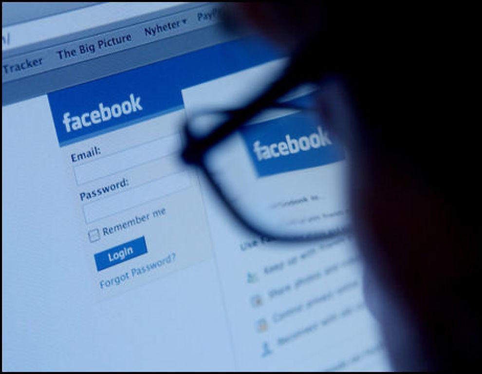 POPULÆRT: Facebook har, ifølge deres egne tall, økt med nær 50 prosent på litt over ett år. Foto: Scanpix