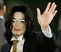 Michael Jackson gir seg som konsertartist