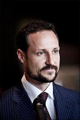MØTER KRONPRINSEN: Kronprins Haakon vil være til stede under debatten med eks-islamisten, etter nylig å ha kommet hjem fra Mexico-besøk. Bildet er tatt i Mexico City. Foto: Marte Vike Arnesen