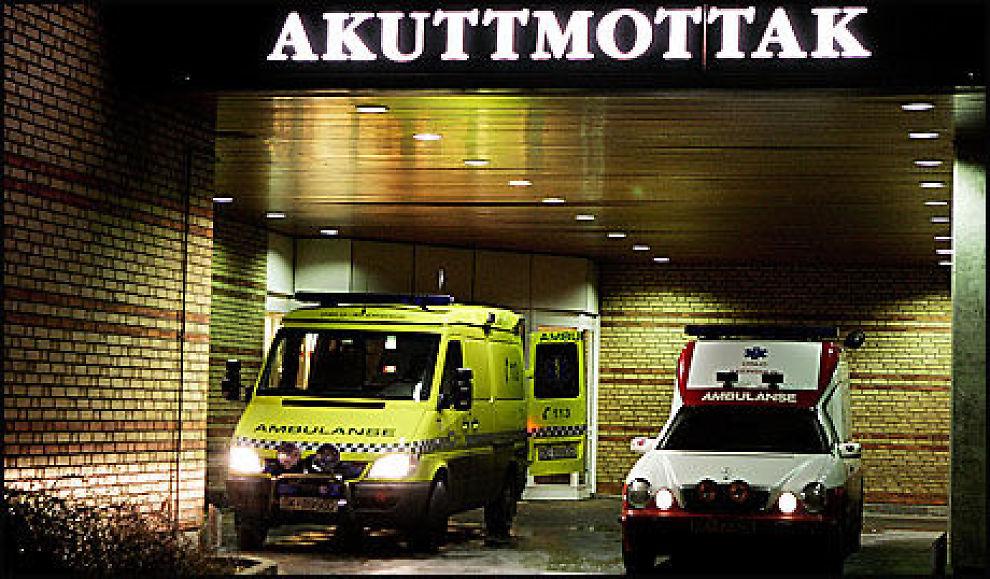 FIKK IKKE HJELP: Helse- og Sosialombudet i Oslo, Petter Holm, skriver på sine nettsier at tidligere rusmisbrukere kan bli diskriminert, og viser til et eksempel der en kvinne med hjerneblødning ikke ble hentet av ambulansen. Foto: Espen Braata/VG