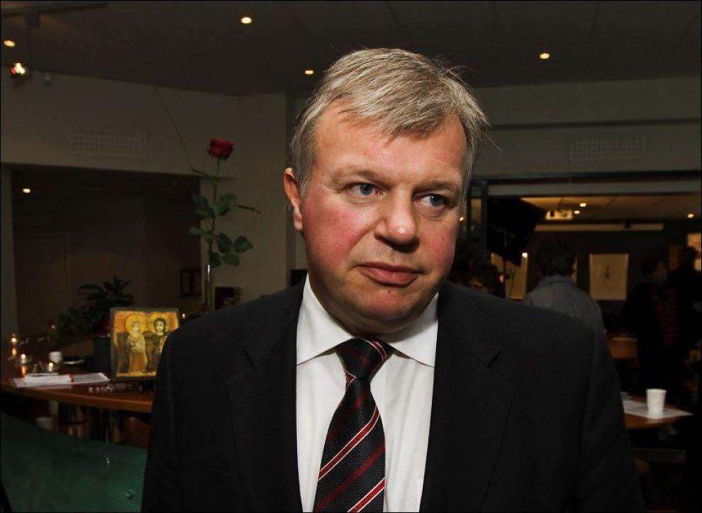 AVTALE: Helseminister Bjarne Håkon Hanssen forteller at Norge har gått til storinnkjøp av influensavaksine. Foto: Frode Hansen