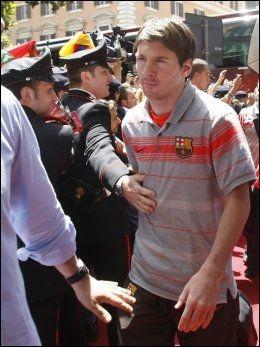 MAGIKER: Lionel Messi er også på plass i Roma før Champions League-finalen onsdag kveld. Foto: AP