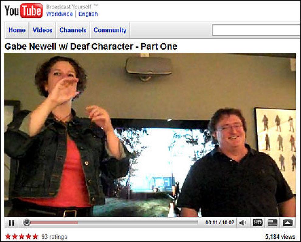 TEGNSPRÅK-TEKNOLOGI: Valve-sjef Gabe Newell (t.h.) får innspill fra døve under en fokusgruppe for «Half-Life 2: Episode 3». Foto: FAKSIMILE