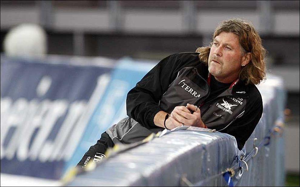 FERDIG: Peter Mueller ble kåret til årets trener i Norge for 2005. Nå er han ferdig. Foto: Scanpix