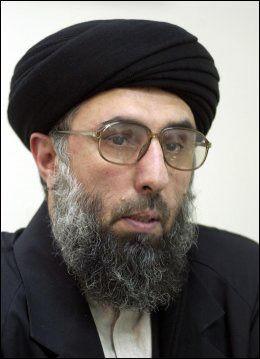 UTENRIKSMINISTER? Krekar nevner den afghanske opprørslederen Gulbuddin Hekmatyar som en mulig utenriksminister i en islamsk, verdensomspennende stat. Foto: AP
