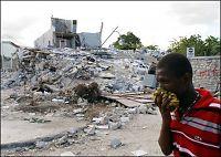 - 9 av 10 hus kollapset på syv sekunder