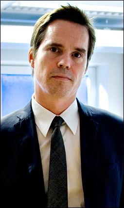 IRRITERT: En virkedag før han skulle sette seg på flyet til Sør-Amerika fikk forsvarsadvokat Marius Dietrichson beskjed om at han ikke lenger fikk anledning til å representere klienten under rettssaken. Foto: VG