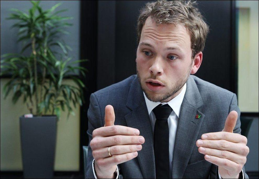 VIL SKJERPE INN: Barneminister Audun Lysbakken (SV) vil gjøre det vanskeligere for voldsdømte foreldre å se barna sine. Foto: MAGNAR KIRKNES