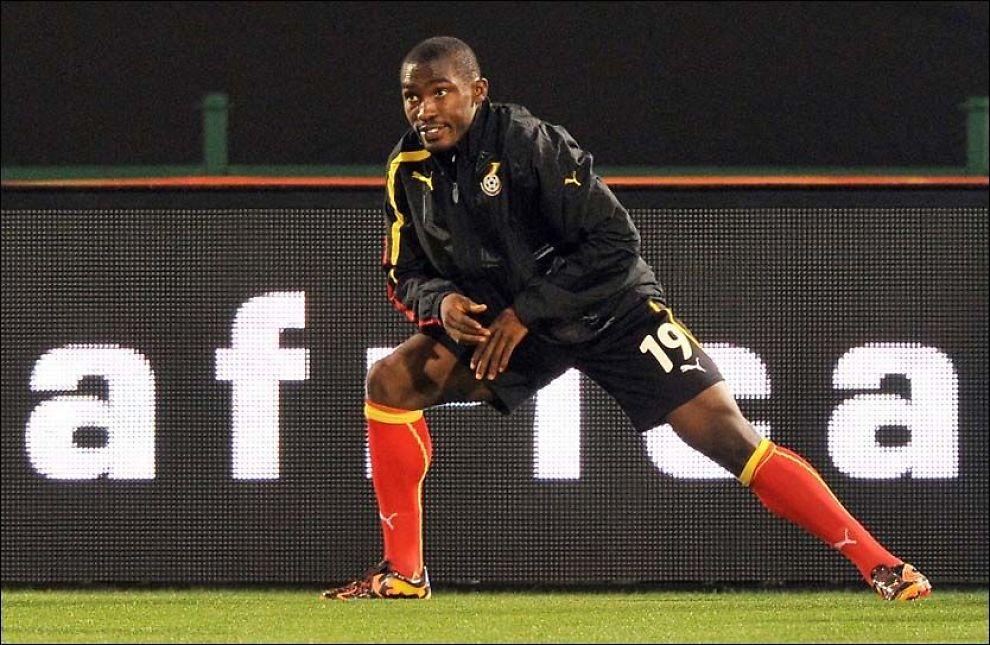 20 ELLER 25?: Ghanas Lee Addy tøyer ut under en treningsøkt i Pretoria for halvannen uke siden. Foto: AFP