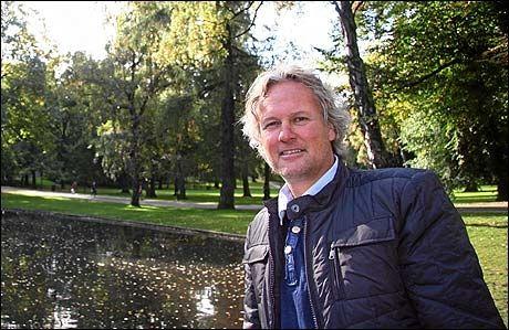 AFRIKA-EKSPERT: Stig Torbjørnsen har veldig god oversikt over afrikansk fotball. Foto: Aftenposten
