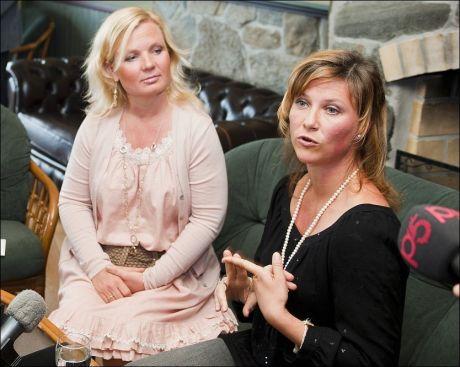 KRITIKK: Prinsesse Märtha Louise og Elisabeth Samnøy svarte onsdag på kritikken som er reist etter at prinsessen avslørte at hun snakker med døde personer. Foto: Scanpix Foto: