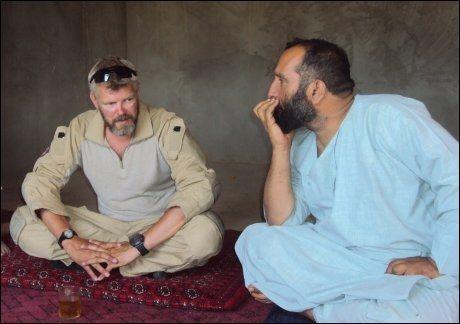 I AFGHANISTAN: Et av de siste bildene som er tatt av Trond Bolle, dagen før han ble drept av en veibombe i Almar-distriktet i Afghanistan i 2010. Foto: PRIVAT