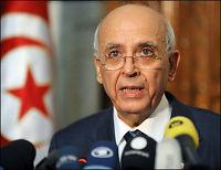 Bare statsministeren blir sittende i Tunisia