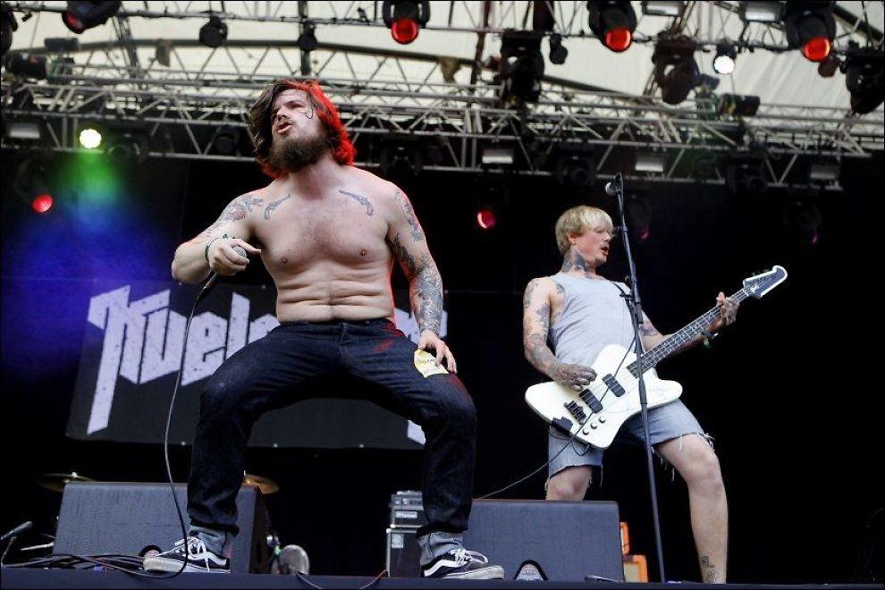 VINNERE: Rockerne i bandet Kvelertak fikk årets Statoil-stipend på en million kroner. Her på Hovefestivalen i fjor. Arkivfoto: Petter Emil Wikøren