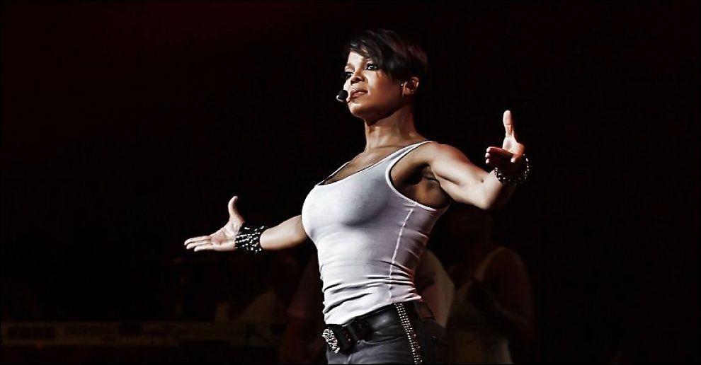 KOMMER TIL NORGE: Her er Janet Jackson i aksjon i Phoenix, Arizona, i forbindelse med «Number Ones Up Close