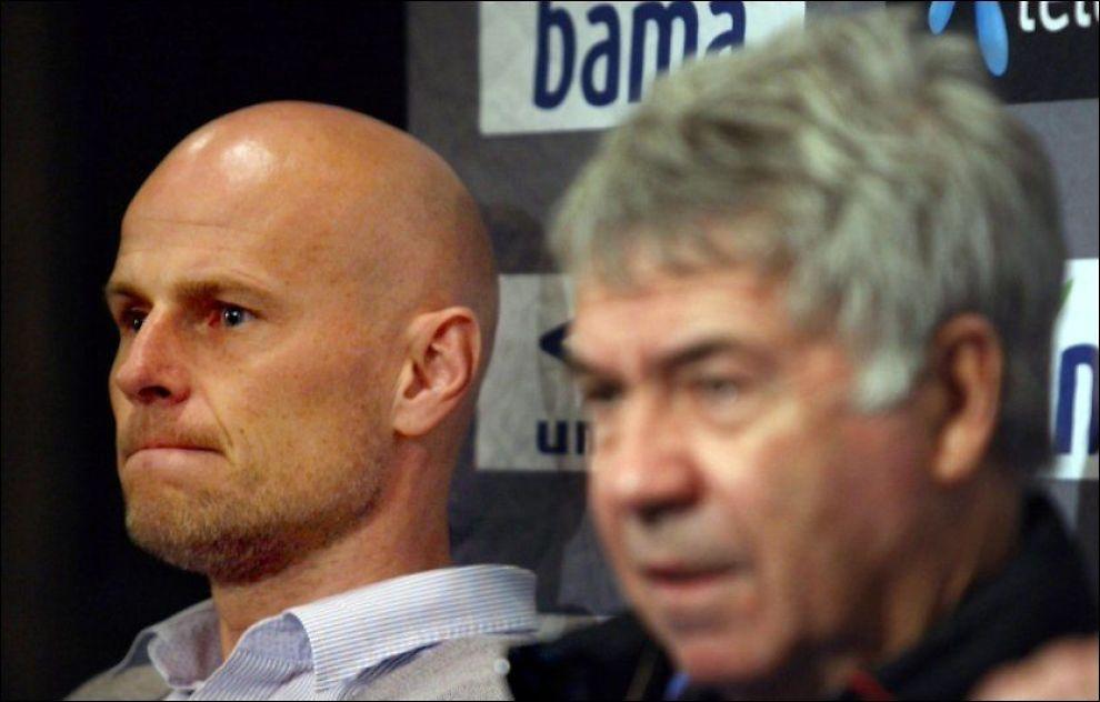 ARVTAKEREN: Ståle Solbakken ble presentert som Egil Olsens arvtaker i november 2009. Nå kan avtalen glippe. Foto: Scanpix