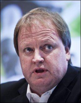 KLOKKEKLAR: Fotballpresident Yngve Hallén. Foto: Scanpix