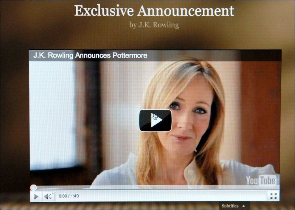 ANNONSERING: «Harry Potter»-skaper J.K. Rowling presenterte ideen om sin nye hjemmeside torsdag. Foto: Pa Photos