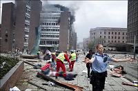 Regjeringskvartalet ser ut som en krigssone etter kraftig bombeeksplosjon