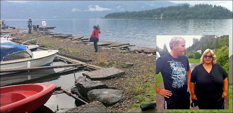 KOM I LAND HER: Bryggen ved Utvika camping, hvor Tone Bekken-Syvertsen (41) og mannen Petter Syvertsen (43) tok i mot alle de som ble reddet. I bakgrunnen er Utøya, hvor det nå pågår søk etter de som er savnet. Foto: Dyveke Nilssen