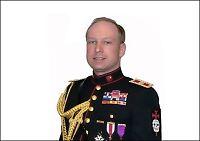Anders Behring Breivik vil bruke uniform under fengslingsmøtet
