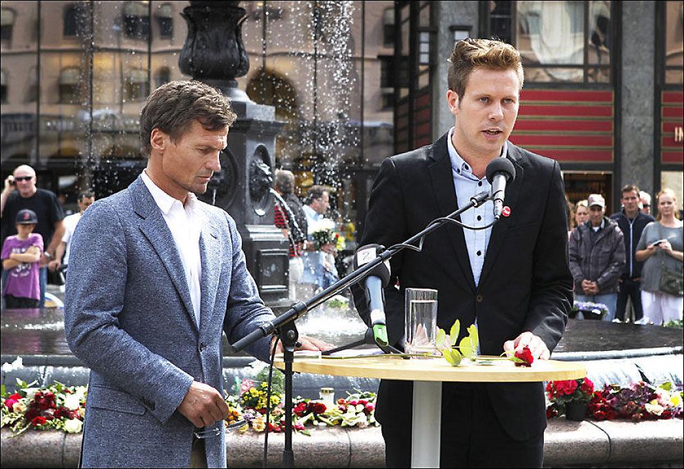 GIR: Petter Stordalen åpner lommeboka for AUF. Her er han med AUF-leder Eskil Pedersen. Foto: Nils Bjåland