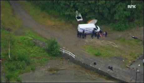 PÅGREPET: Cirka 30 minutter etter at Delta-troppen pågrep Anders Behring Breivik, ble 17-årige Anzor Djoukaev pågrepet. Foto: MARIUS ARNESEN/NRK Foto: