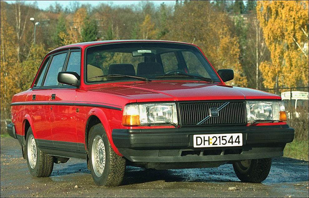 ELDST: Volvo er bilmerket som har høyest gjennomsnittsalder ved vraking i Norge, med 22,8 år. Her er en Volvo 240. Foto: Annemor Larsen