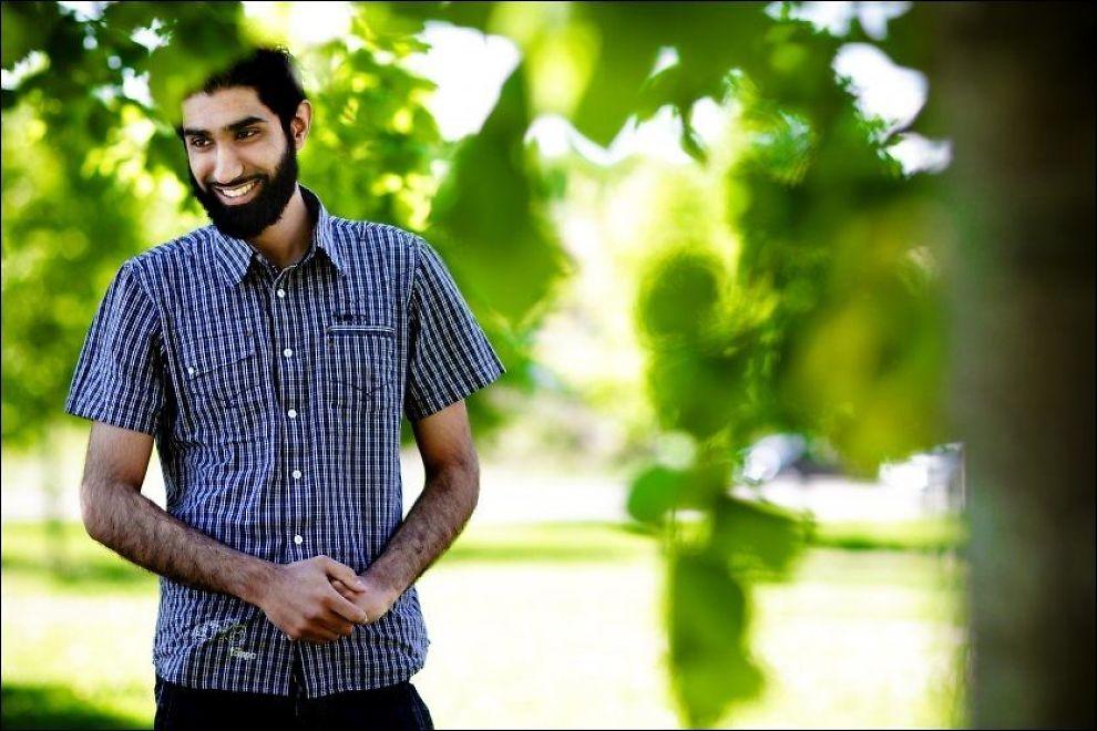 ISLAM NET-LEDER: Fahad Qureshi mener at du ikke kan være muslim dersom du også er mot dødsstraff. Dette bildet er tatt i fjor sommer på Lørenskog. Foto: Markus Aarstad