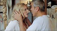 Clooney synes «bruden» Julie er fantastisk