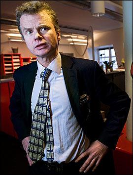 KRITISK: Dagbladets redaktør Lars Helle er misfornøyd med at Skattedirektoratet skal ha en mening om hva som er relevante journalistiske valg og presentasjon av innholdet i skattelistene. Foto: Arkivfoto