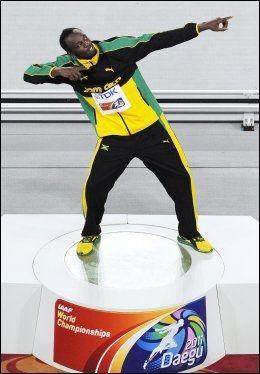 VANT FOR TREDJE GANG: Usain Bolt ble årets friidrettsutøver for tredje gang. Foto: Afp