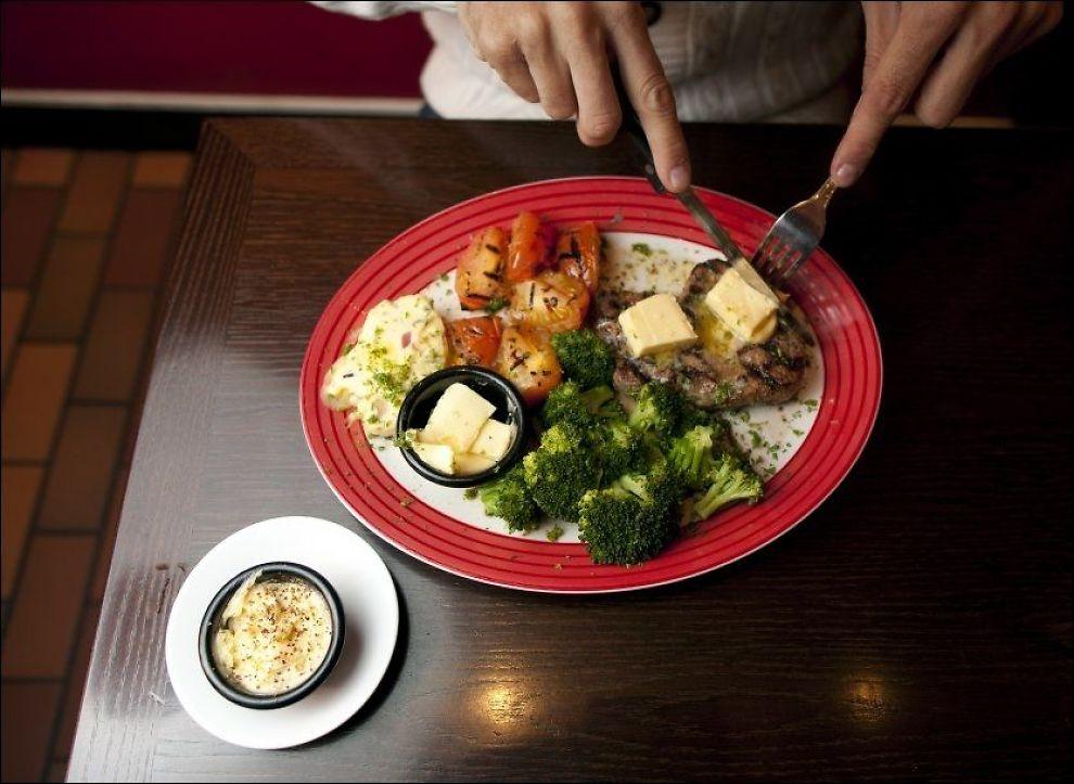 OBS!OBS! Kosthold med mye fett kan gjøre befruktningen vanskeligere og føre til en negativ endring i sædkvaliteten, sier forskere ved Adelaide universitetet i Australia. Foto: Janne Møller-Hansen