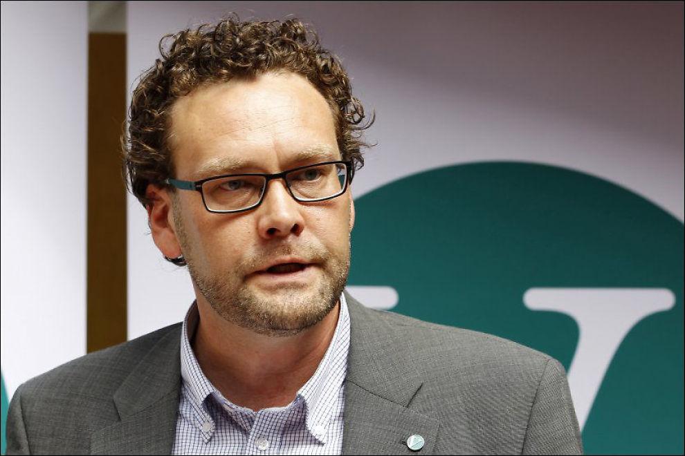 TREKKER SEG: Helge Solum Larsen, nestleder i Venstre, trekker seg etter at han ble anmeldt for voldtekt av en jente i slutten av tenårene. Foto: SCANPIX