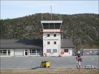 Avinor vil legge ned fire flyplasser