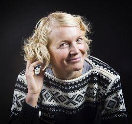 GENSERKONTROVERS: Strikkemønsteret til Marius-genseren engasjerer. Her ikledd skiskytter Solveig Rogstad. Foto: Heiko Junge / Scanpix