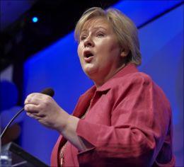 SKREMT: Høyre-leder Erna Solberg reagerer på det høye antallet uføretrygdede. Foto: Tore Kristiansen
