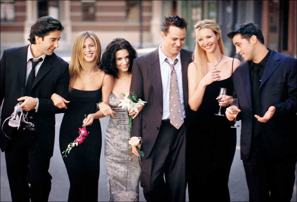 POPULÆR GJENG: David Schwimmer som Ross Geller, Jennifer Aniston som Rachel Cook, Courteney Cox som Monica Geller, Matthew Perry som Chandler Bing, Lisa Kudrow som Phoebe Buffay og Matt Leblanc som Joey Tribbiani. Foto: AOPN