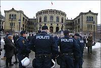 Vil ikke ha bevæpnede vakter ved Stortinget
