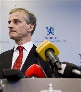 BEKYMRET: Utenriksminister Jonas Gahr Støre (Ap) frykter ulovlig pengeinnkreving i Norge. Foto: NTB Scanpix